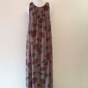 Free People Maxi Open Back Floral dress Size M